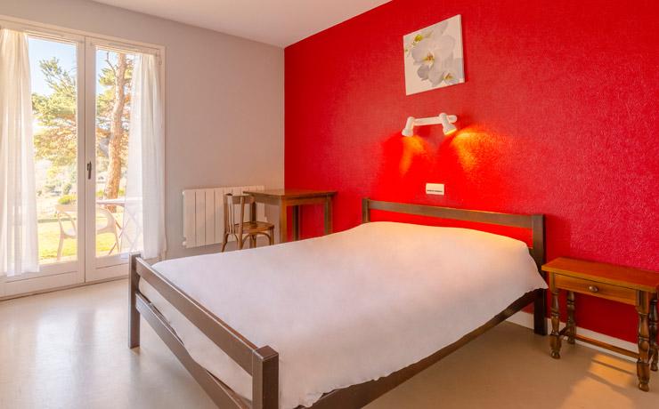 chambre double logement 2ch 4p village vacances murol