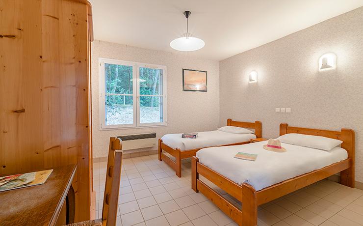 chambre twin PMR village vacances longeville