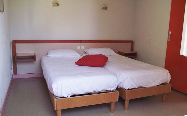 logement 2 ch 3 p village vacances fournols 3