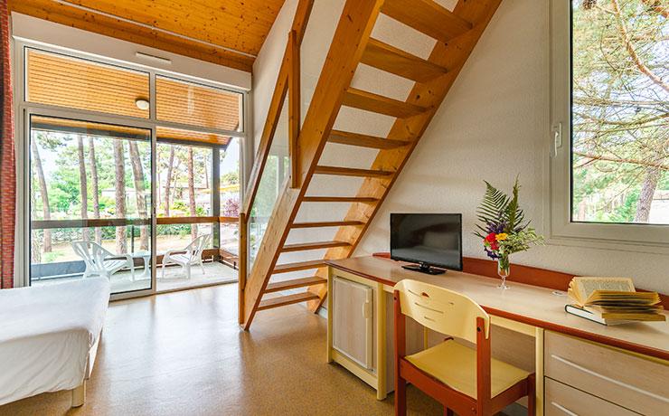 logement 2 ch 4p chambre village vacances ronce les bains 3
