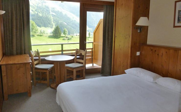 chambre double panoramique village vacances la clusaz