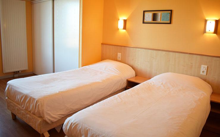 chambre 2 pieces 4 personnes village vacances metabief 3